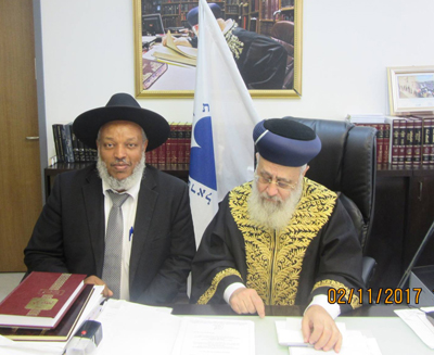 """הרב ראובן וובשת שליט""""א הוזמן ללשכת הרשל""""צ לברכו לרגל בחירתו כרב הראשי ליהודי אתיופיה."""