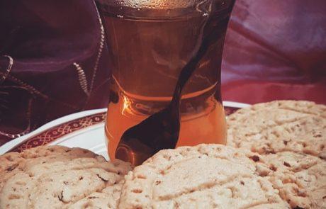 עוגיות שקדים פשוטות וקלילות – מאת א. גמליאל