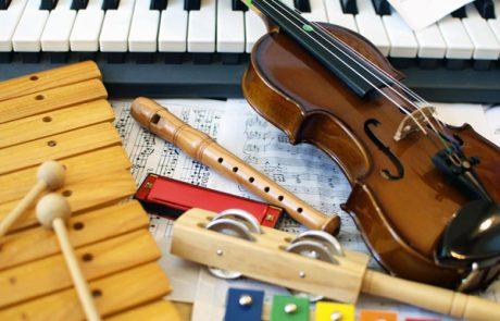 תרפיה במוזיקה – שימוש בכלי נגינה עם ילדים קטנים
