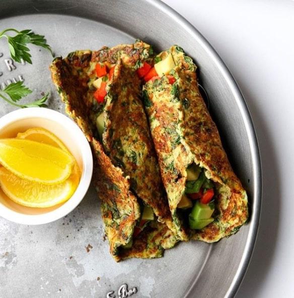 טורטיות קישואים בריאות עם ירקות