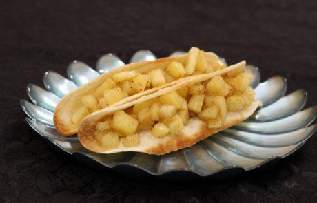 טאקו תפוחי עץ