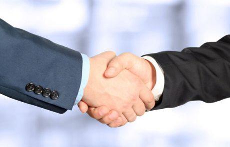 לחיצות ידיים – מה הן מספרות לנו?